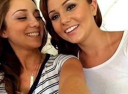 Ariana Marie with an increment of Remy LaCroix elbow Sextape Lesbian babes