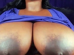 Plumper showcases heavy confidential together with lasting teats cams69
