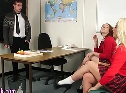 Cfnm schoolgirls jerking off