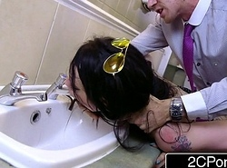 Daddy'_s Little Bathroom Liquid - Bratty British Floosie Alessa Savage
